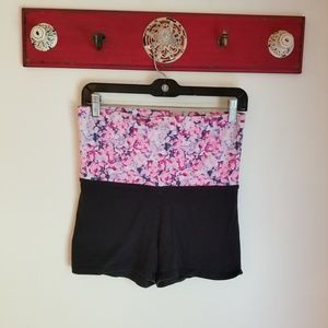 PINK Victoria's Secret Shorts - ** PINK Yoga Short